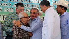Federaciones del país reconocieron los aportes a la pecuaria del Gobierno dominicano.