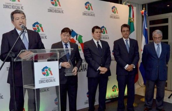 camara-dominico-mexicana-carlos-gonzalez-presidente