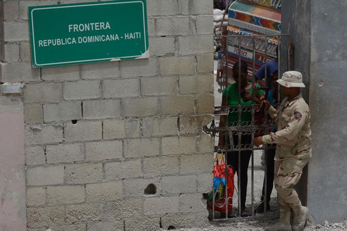 se-intensifica-el-exodo-voluntario-de-decenas-de-haitianos-a-su-pais