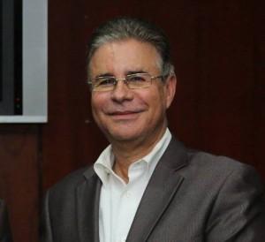 Luis-José-Chávez-presidente-de-la-Asociación-Dominicana-de-Prensa-Turística-ADOMPRETUR...-300x274