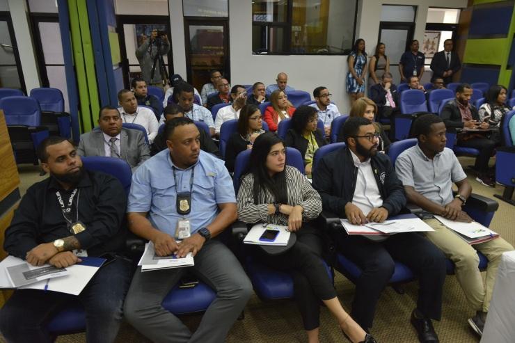 Colaboradores de la DGA participan en la actualización
